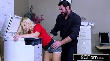 Xvideos brasileiro comendo a secretária gostosa na reunião de trabalho