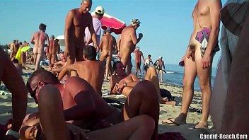 Filmagens amadoras de novinhas nuas na praia