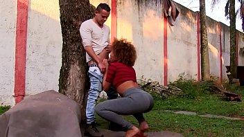 Video porno brasileiro com mulata dando o cu